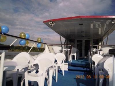 Теплоход Москва-143 (М-143)