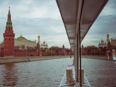 Ужин на теплоходе по Москве-реке